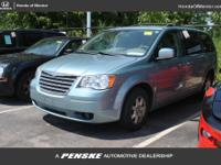 2009 Chrysler Town & Country Touring POWER SEAT,