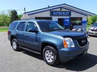 2009 Yukon, Really sharp with lots of equipment!!!