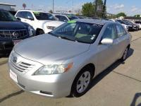 Outstanding design defines the 2009 Toyota Camry! It
