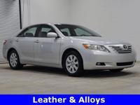 Priced below KBB Fair Purchase Price! Very Nice Camry!