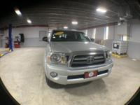 3 OWNERS, 4X4, 8 SERVICE RECORDS, CARGO COVER, A/C,