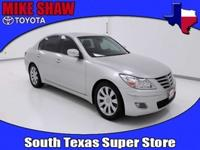 Body Style: Sedan Exterior Color: Platinum Metallic