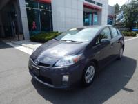 2011 Toyota Prius Two, Automatic temperature control,