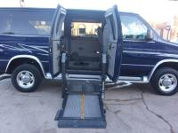 Wheel Chair Van Fully equipped will remote doors that