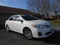 2013 TOYOTA COROLLA LE! WITH ONLY 52K MILES! SUPER