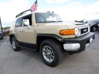 4WD, AM/FM SiriusXM, power windows, back up camera,