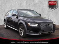 Phantom Black Pearl Effect 2014 Audi allroad 2.0T