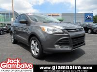2014 FORD ESCAPE SE ....... LOCAL TRADE IN ........