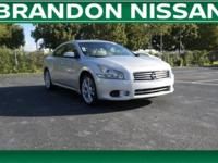 3.5 SV trim. ONLY 45,832 Miles! Leather, Moonroof,