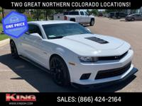 Summit White 2015 Chevrolet Camaro Z/28 RWD 6-Speed