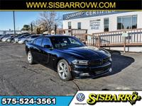 Pitch Black 2015 Dodge Charger R/T RWD 8-Speed