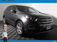 Edge Titanium AWD w/Navigation & Heated Leather Seats,