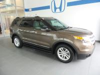 2015 Ford Explorer XLT ***AWD***, AWD, 3rd row seats:
