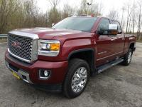 This GMC Sierra 2500HD available WiFi boasts a