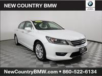 *ONE OWNER**CLEAN CARFAX**NAVIGATION* 2015 Honda Accord