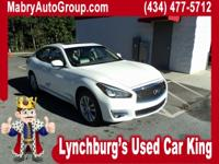 CARFAX One-Owner. Clean CARFAX. AWD. Moonlight White