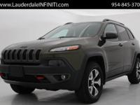 ***2015 JEEP CHEROKEE TRAILHAWK 4X4***CLEAN