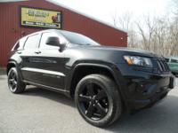 This is a ONE-OWNER 2015 Jeep Grand Cherokee Altitude