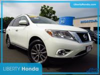 White 2015 Nissan Pathfinder SV 4WD CVT with Xtronic