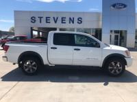 2015 Nissan Titan SV 4WD 5-Speed Automatic 5.6L