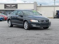 This 2015 Volvo T6 4dr All-wheel Drive Sedan (2015.5)