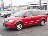 Deep Cherry Red Crystal 2016 Chrysler Town & Country