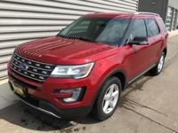 2016 Ford Explorer XLT AWD Navigation GPS Nav, Heated