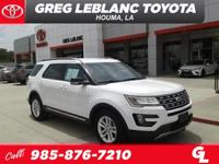 White 2016 Ford Explorer XLT FWD 6-Speed Automatic with