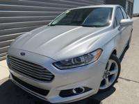 2016 Ford Fusion SE FWD Touch Screen, Backup Camera,