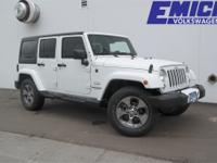 Bright White Clearcoat 2016 Jeep Wrangler Unlimited