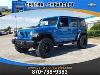 ONE OWNER!, BLUETOOTH!, 4WD!, XM RADIO!, PRICED RIGHT!,