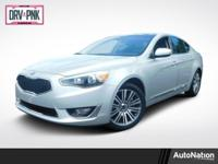 Dual Moonroof,Leather Seats,Navigation System,CARGO