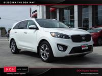 CARFAX One-Owner. Snow White Pearl 2016 Kia Sorento SX
