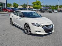2016 Nissan Maxima 3.5 SV Pearl White22/30 City/Highway