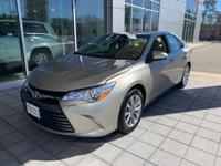 2016 Toyota Camry XLE 2.5L I4 SMPI DOHC FWD Creme