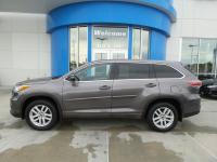 Check out this 2016 Toyota Highlander LE before someone