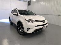 Super White 2016 Toyota RAV4 XLE FWD 6-Speed Automatic