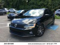 ** 2016 VOLKSWAGEN JETTA SEDAN 1.8t SPORT ** ONE OWNER