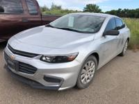 Silver Ice Metallic 2017 Chevrolet Malibu L FWD 6-Speed