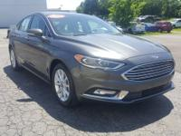 2017 Shadow Black Ford Fusion SE FWD 6-Speed Automatic