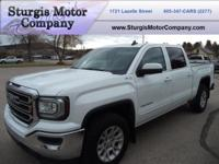 This is a 2017 GMC Sierra 1500 Crew Cab SLE Z71 with