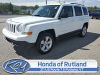 Bright White Clearcoat 2017 Jeep Patriot Latitude FWD
