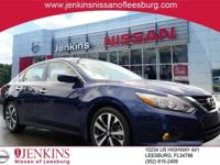 Deep Blue Pearl 2017 Nissan Altima 2.5 SR FWD CVT with