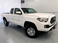 White 2017 Toyota Tacoma SR5 4WD 6-Speed Automatic 2.7L