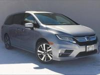 EPA 28 MPG Hwy/19 MPG City! CARFAX 1-Owner, ONLY 11,975