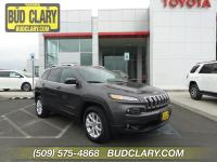 Clean CARFAX. 9-Speed Automatic 4WD Bluetooth,
