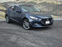 Come see this 2018 Mazda Mazda3 4-Door Touring. Its