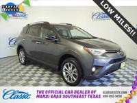 **CARFAX ONE OWNER**, **NAVIGATION**, **SUNROOF**,