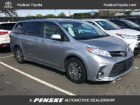 2018 Toyota Sienna XLE, CLEAN! ALL RECOMMENDED SERVICES