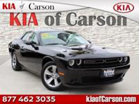 Boasts 30 Highway MPG and 19 City MPG! This Dodge